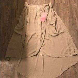 On the land High Low button skirt